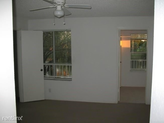 2 Bedrooms, Holiday Springs Village Rental in Miami, FL for $1,400 - Photo 2
