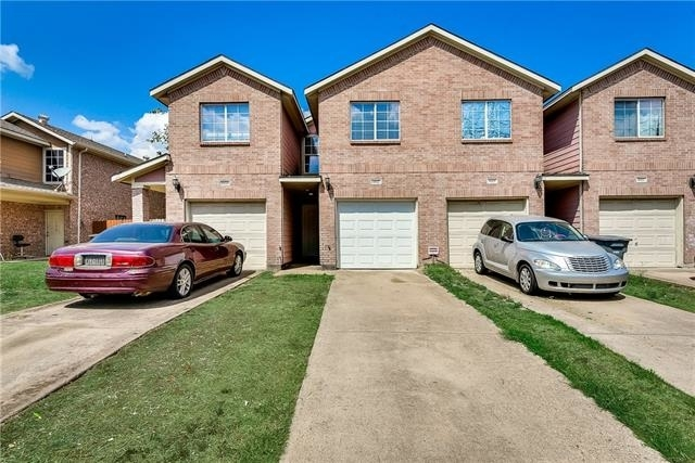 3 Bedrooms, Red Bird Center Rental in Dallas for $1,195 - Photo 1