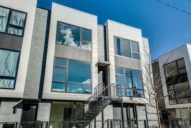 3 Bedrooms, Cabrini-Green Rental in Chicago, IL for $4,450 - Photo 1