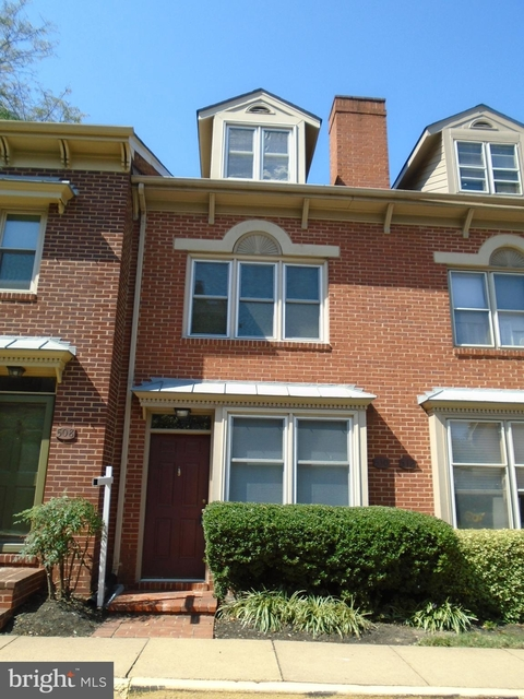 3 Bedrooms, Colecroft Rental in Washington, DC for $3,700 - Photo 1