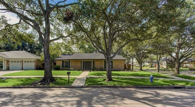 3 Bedrooms, Ashford South Rental in Houston for $2,400 - Photo 2