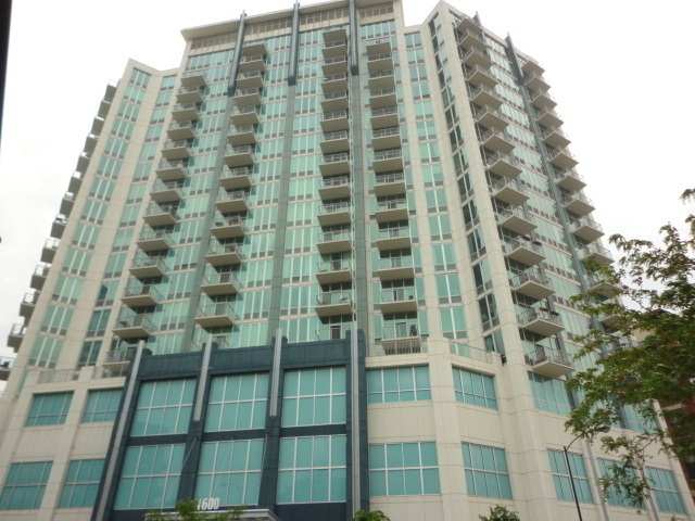 2 Bedrooms, Prairie District Rental in Chicago, IL for $2,600 - Photo 1