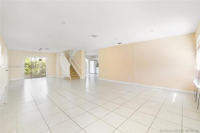 3 Bedrooms, Bonita Golf View Rental in Miami, FL for $2,200 - Photo 2