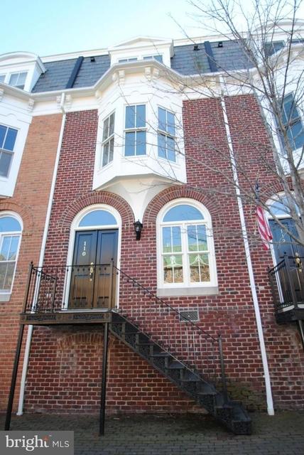 3 Bedrooms, Queens Row Rental in Washington, DC for $5,400 - Photo 1