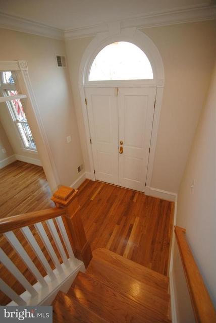 3 Bedrooms, Queens Row Rental in Washington, DC for $5,400 - Photo 2