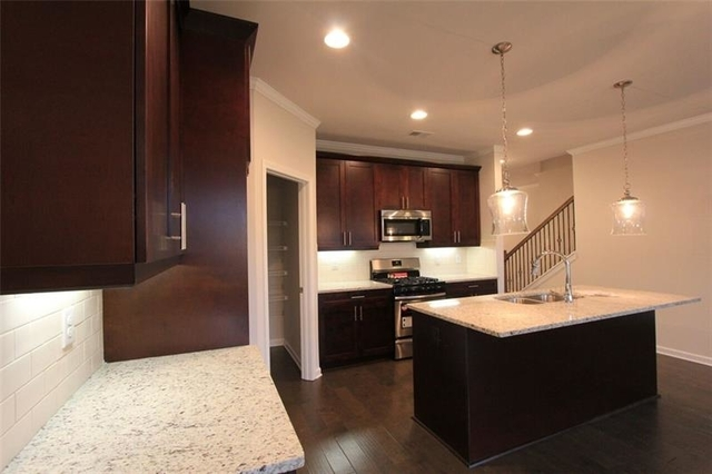 3 Bedrooms, Forsyth County Rental in Atlanta, GA for $1,975 - Photo 2