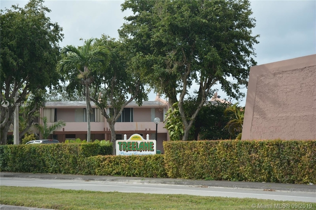 4 Bedrooms, Kendale Lakes North Rental in Miami, FL for $1,900 - Photo 1