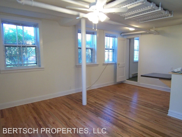 2 Bedrooms, North Center Rental in Chicago, IL for $1,350 - Photo 1