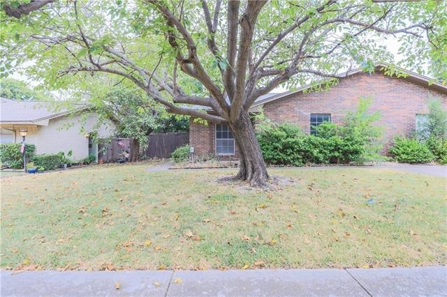 3 Bedrooms, Highland Meadows Rental in Dallas for $1,350 - Photo 1