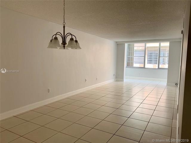 2 Bedrooms, Gratigny Red Rental in Miami, FL for $1,550 - Photo 2
