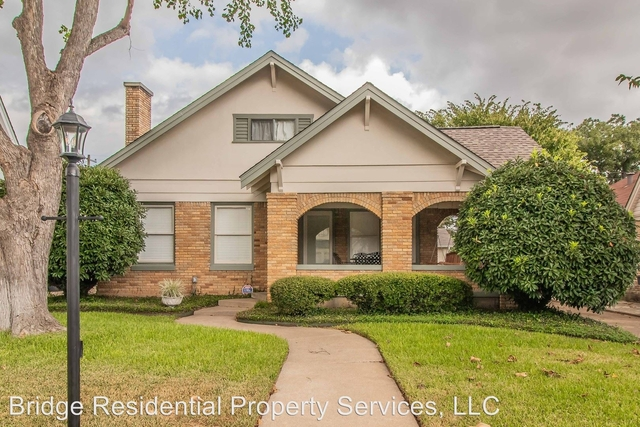 3 Bedrooms, West Highland Rental in Dallas for $2,595 - Photo 2