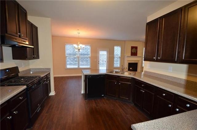 3 Bedrooms, Cumming Rental in Atlanta, GA for $1,695 - Photo 2