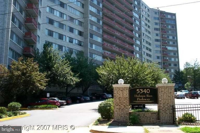 1 Bedroom, Pavilion on The Park Condominiums Rental in Washington, DC for $1,300 - Photo 1