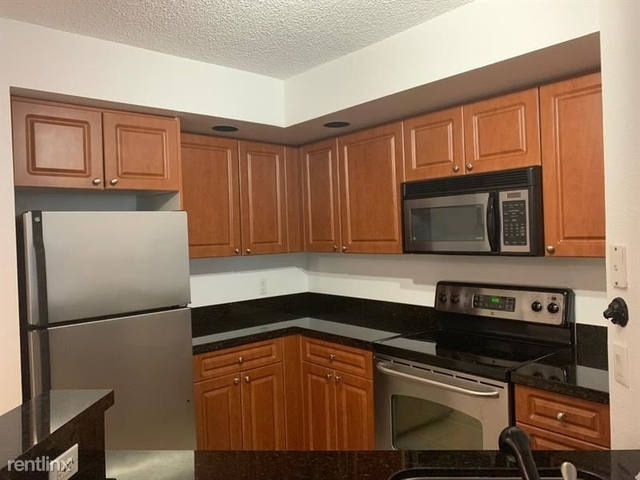 1 Bedroom, Holiday Springs Village Rental in Miami, FL for $1,250 - Photo 2