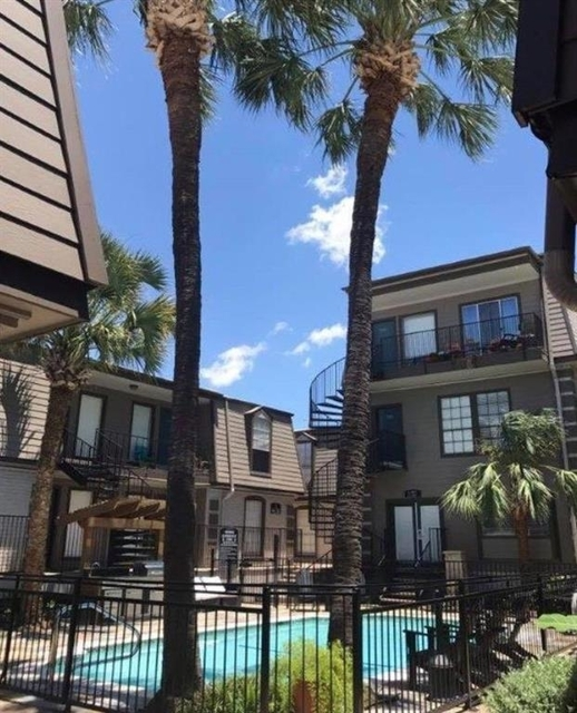 2 Bedrooms, Great Uptown Rental in Houston for $1,150 - Photo 1