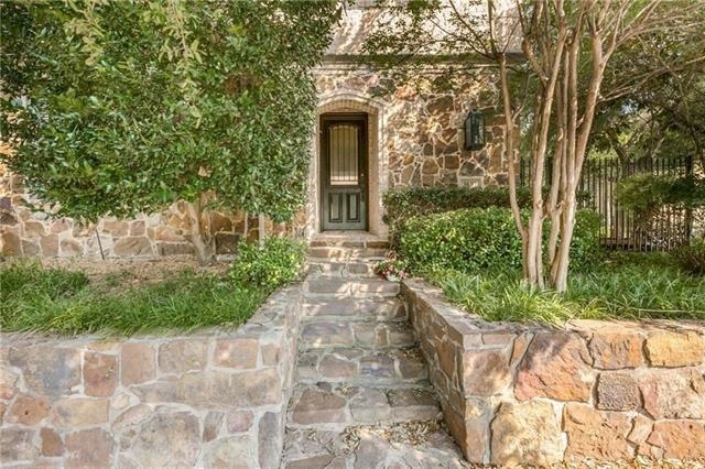 3 Bedrooms, North Oaklawn Rental in Dallas for $3,500 - Photo 1