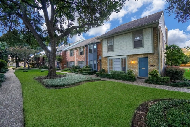 3 Bedrooms, Briarforest Rental in Houston for $1,695 - Photo 1