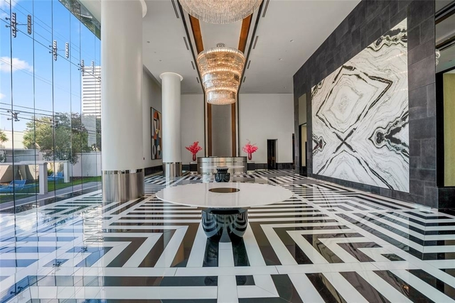 2 Bedrooms, Uptown-Galleria Rental in Houston for $6,000 - Photo 2
