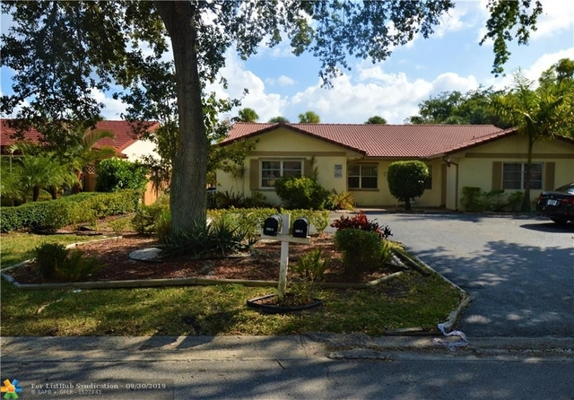3 Bedrooms, Forest Hills Rental in Miami, FL for $1,800 - Photo 1
