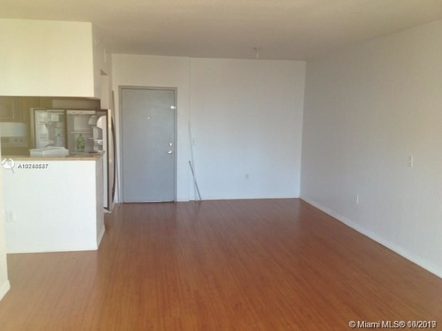 2 Bedrooms, East Little Havana Rental in Miami, FL for $1,875 - Photo 2