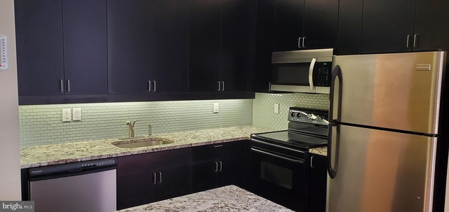2 Bedrooms, Center City East Rental in Philadelphia, PA for $1,895 - Photo 2