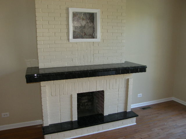 3 Bedrooms, West Town Rental in Chicago, IL for $1,499 - Photo 2