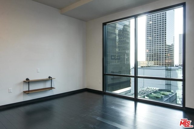1 Bedroom, Financial District Rental in Los Angeles, CA for $2,200 - Photo 2