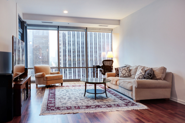 1 Bedroom, Streeterville Rental in Chicago, IL for $2,800 - Photo 2