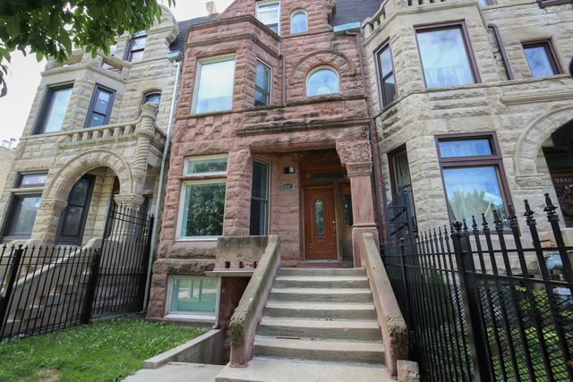 3 Bedrooms, Oakland Rental in Chicago, IL for $2,200 - Photo 1