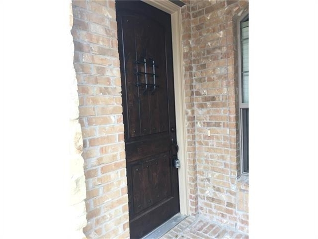 3 Bedrooms, Pasquinellis Willow Crest Rental in Dallas for $2,175 - Photo 2