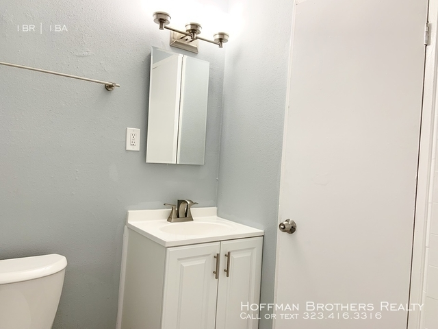 2 Bedrooms, Morningside Park Rental in Los Angeles, CA for $2,295 - Photo 2