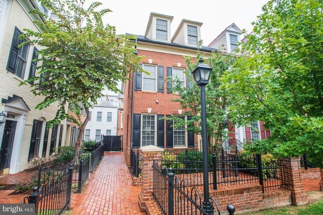 3 Bedrooms, Chatham Square Rental in Washington, DC for $4,500 - Photo 1