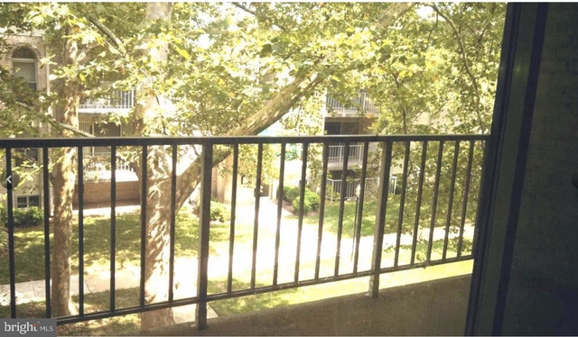 2 Bedrooms, Canterbury Square Condominiums Rental in Washington, DC for $1,600 - Photo 2