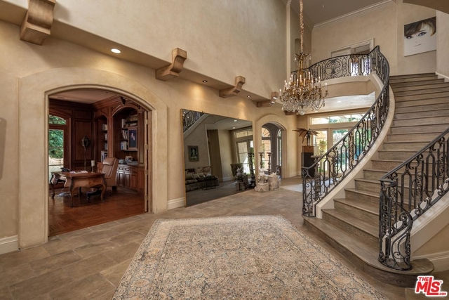 6 Bedrooms, Beverly Hills Rental in Los Angeles, CA for $47,500 - Photo 2
