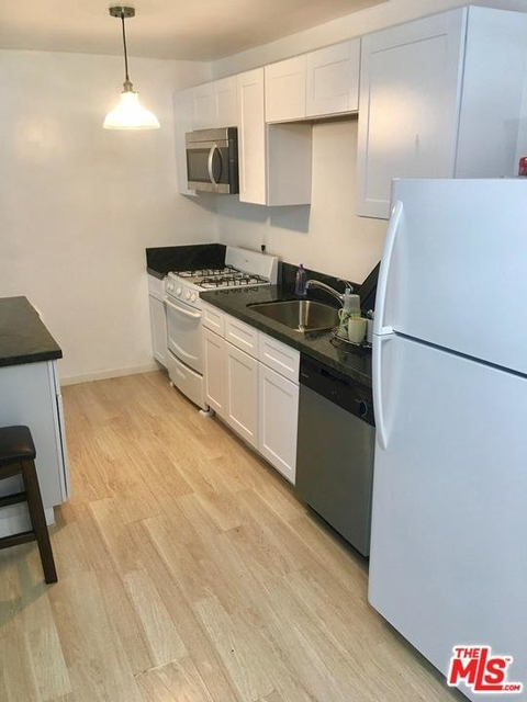 1 Bedroom, Van Nuys Rental in Los Angeles, CA for $1,750 - Photo 1