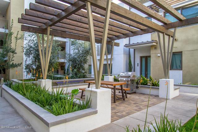 3 Bedrooms, Downtown Pasadena Rental in Los Angeles, CA for $3,700 - Photo 2