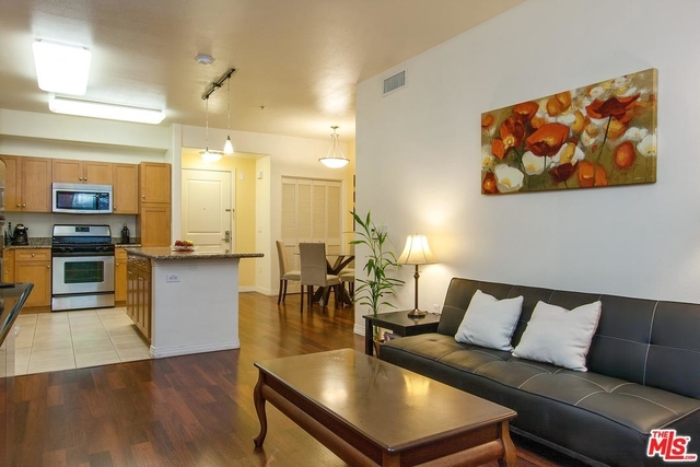 2 Bedrooms, Arts District Rental in Los Angeles, CA for $2,850 - Photo 1