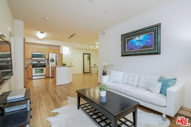 3 Bedrooms, Arts District Rental in Los Angeles, CA for $3,400 - Photo 1