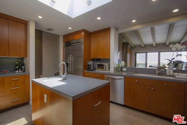 3 Bedrooms, Bel Air-Beverly Crest Rental in Los Angeles, CA for $12,750 - Photo 2