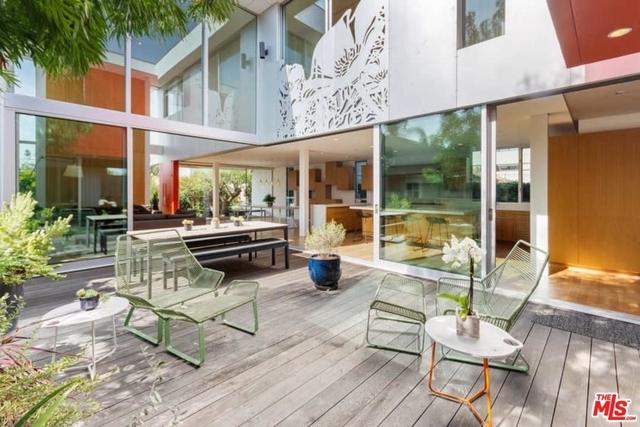 3 Bedrooms, Oakwood Rental in Los Angeles, CA for $15,000 - Photo 1
