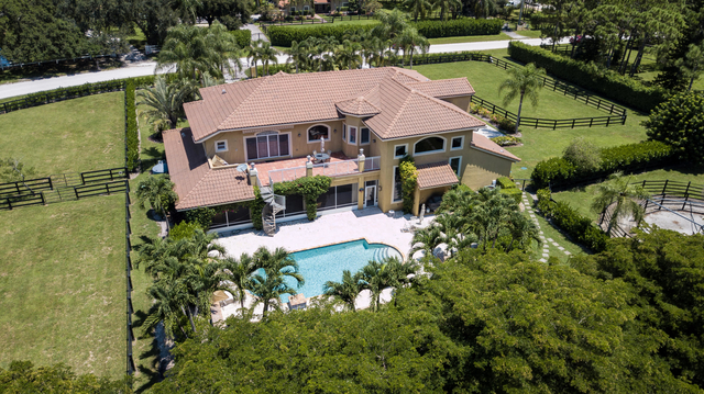 7 Bedrooms, Saddle Trail Park of Wellington Rental in Miami, FL for $42,500 - Photo 2