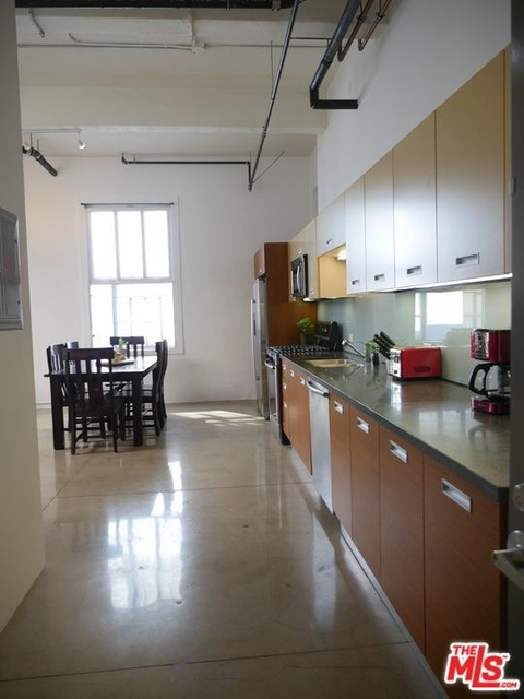 Studio, Fashion District Rental in Los Angeles, CA for $2,300 - Photo 2