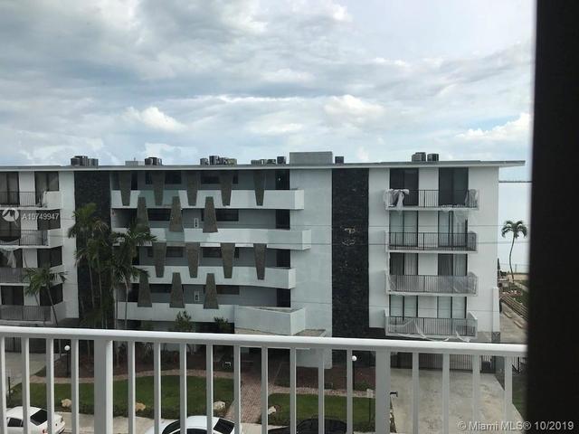 1 Bedroom, Treasure Estates Rental in Miami, FL for $1,350 - Photo 2