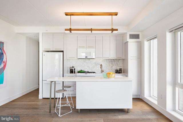 2 Bedrooms, Center City East Rental in Philadelphia, PA for $3,470 - Photo 1