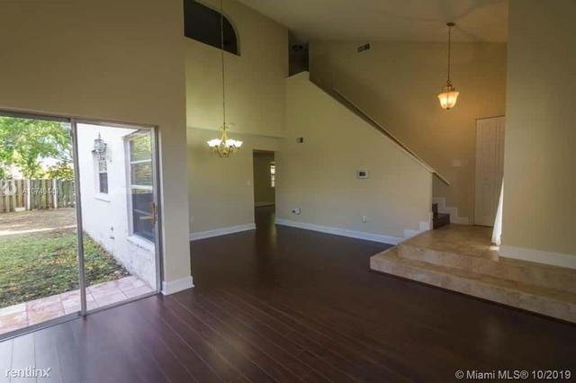 3 Bedrooms, Shenandoah Rental in Miami, FL for $2,549 - Photo 2