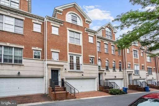 3 Bedrooms, Chevy Chase Rental in Washington, DC for $5,200 - Photo 2