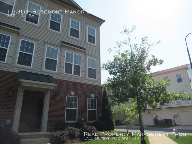 3 Bedrooms, Market Center Condominiums Rental in Washington, DC for $1,950 - Photo 1