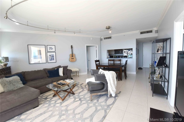 2 Bedrooms, Millionaire's Row Rental in Miami, FL for $2,800 - Photo 2