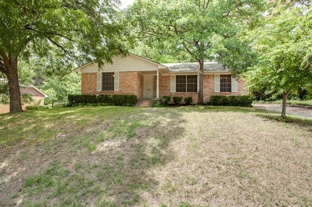 3 Bedrooms, Club Oaks Rental in Dallas for $1,450 - Photo 1