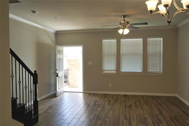 3 Bedrooms, McKinney Rental in Dallas for $1,625 - Photo 2